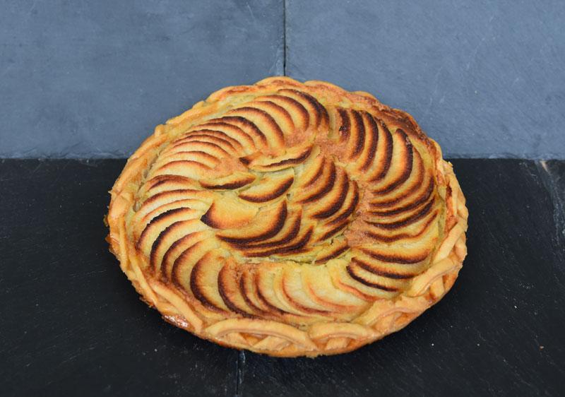 photo d'une tarte aux pommes calvados