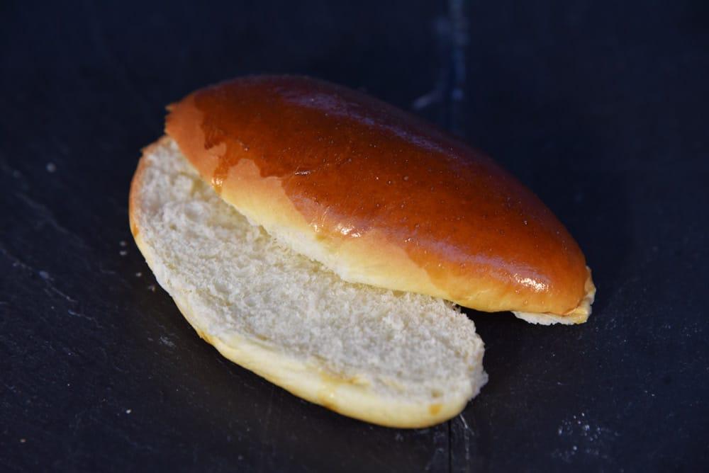 photo d'un sandwich sucré coupé en deux